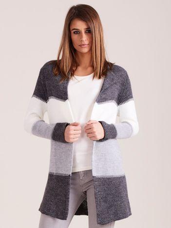 Ciemnoszary dzianinowy sweter w pasy