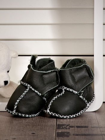 Ciemnozielone ocieplane dziecięce buciki zimowe