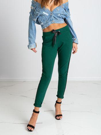 Ciemnozielone spodnie Max