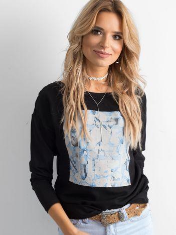 Czarna bluzka damska z nadrukiem