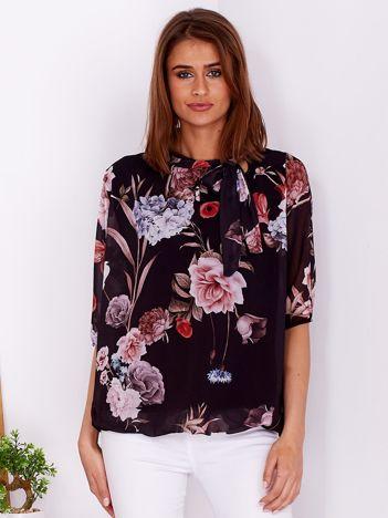 Czarna bluzka w kwiaty z wiązanym dekoltem