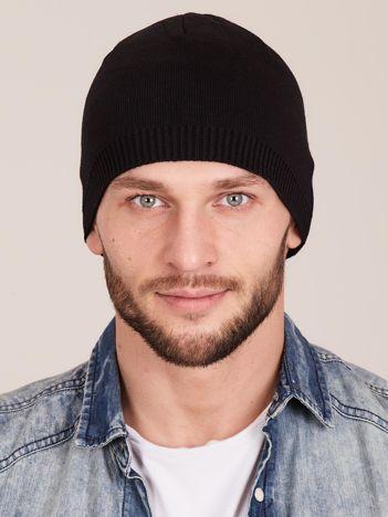Czarna czapka męska ze ściągaczem