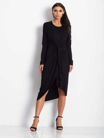 Czarna drapowana sukienka oversize