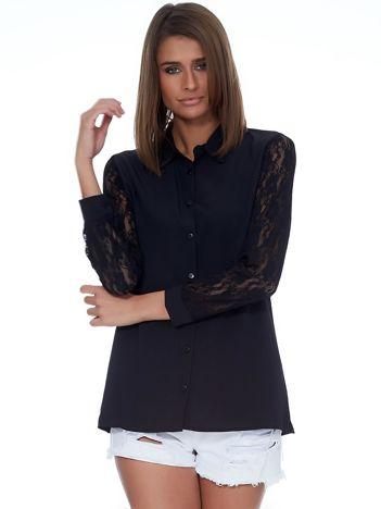 Czarna koszula z ażurowymi rękawami