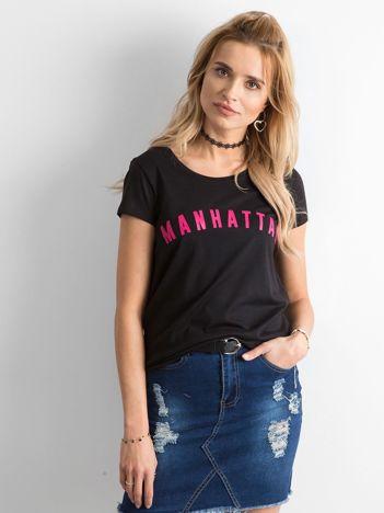 Czarna koszulka z napisem