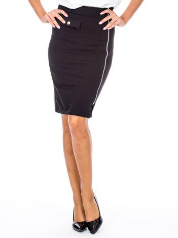 Czarna ołówkowa spódnica z suwakiem