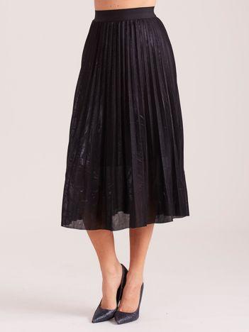 Czarna plisowana spódnica za kolano
