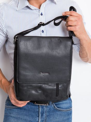 Czarna skórzana męska torba z klapką