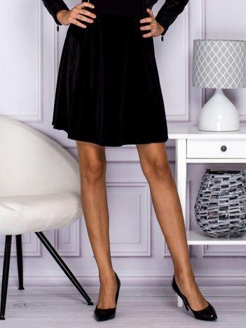 Czarna spódnica z weluru