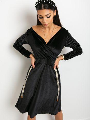 Czarna sukienka Velvet