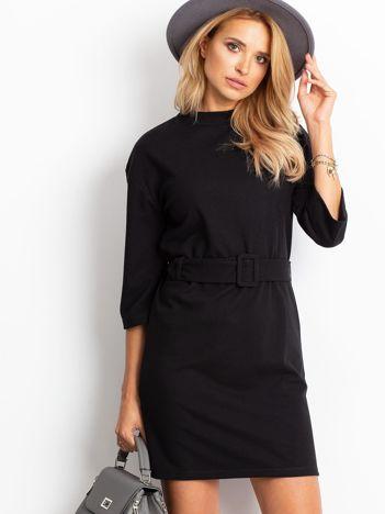 Czarna sukienka Winner