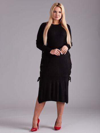 Czarna sukienka dzianinowa PLUS SIZE