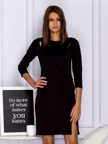 317f9db3a1 Sukienki małe czarne idealne na wiele okazji w sklepie eButik.pl!  3