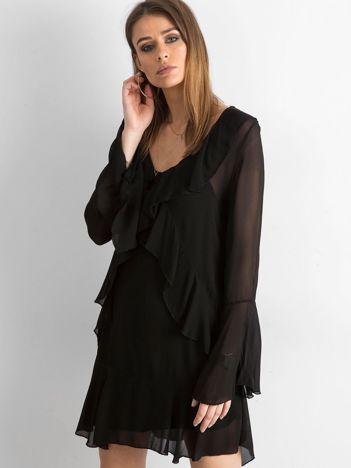 Czarna sukienka z falbanami