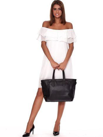 Czarna torba shopper z ażurowaniem i odpinanym paskiem