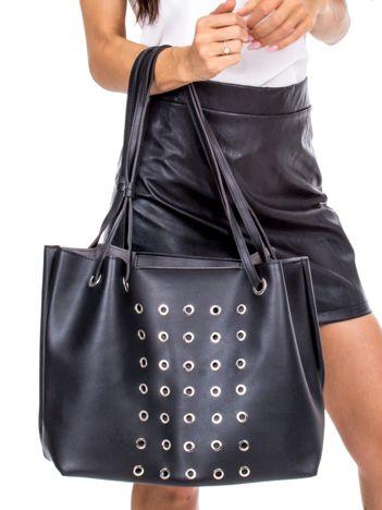 Czarna torba z ażurowaniem ze skóry ekologicznej