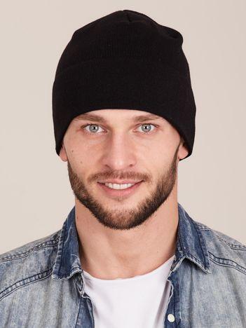 Czarna wywijana czapka męska