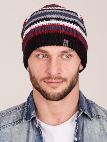 Czarna zimowa czapka męska w paski