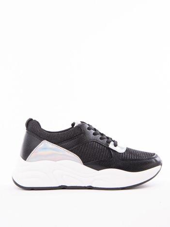 fe0bd71fb48988 Czarne buty sportowe IDEAL SHOES z błyszczącą nitką na sprężystej podeszwie