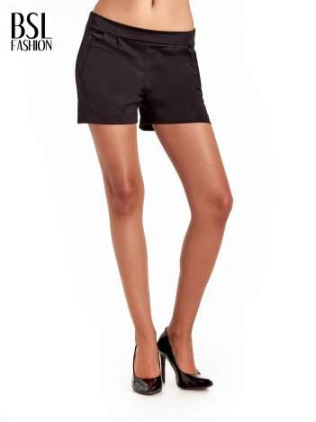 Czarne eleganckie szorty damskie