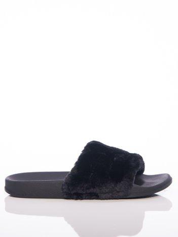 Czarne klapki z cholewką ze sztucznego futerka