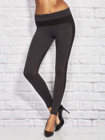 Czarne legginsy ze wstawkami w drobne paski