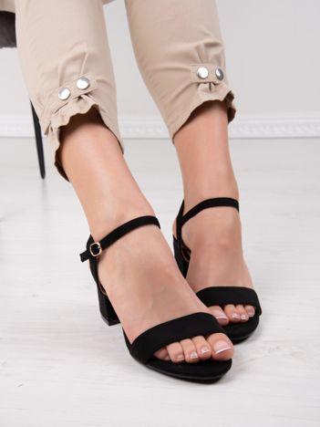 Czarne sandały CREATION na szerokim klocku