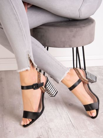 Czarne sandały SABATINA z kolorowymi obcasami