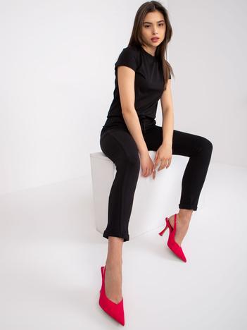 Czarne spodnie Approachable