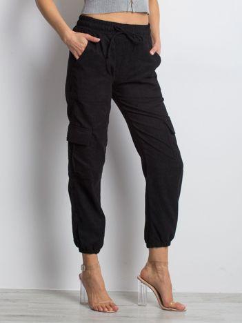 Czarne spodnie Chunky
