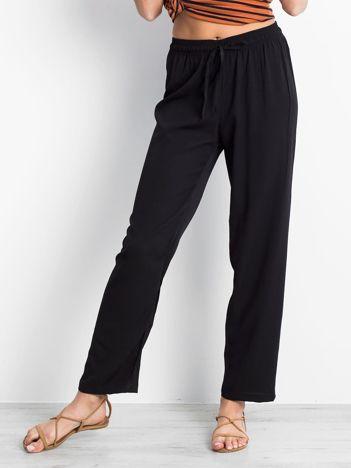 Czarne spodnie Inability