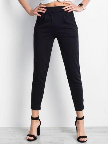 Czarne spodnie Versatile