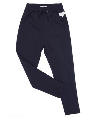 Czarne spodnie dresowe dla dziewczynki
