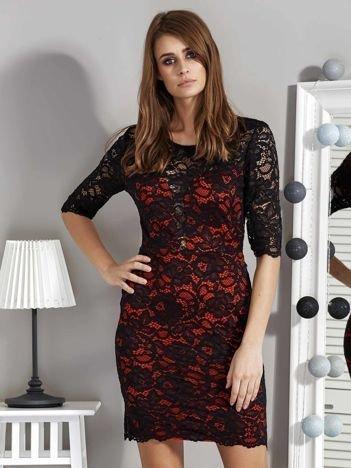Czarno-czerwona sukienka wieczorowa z koronką