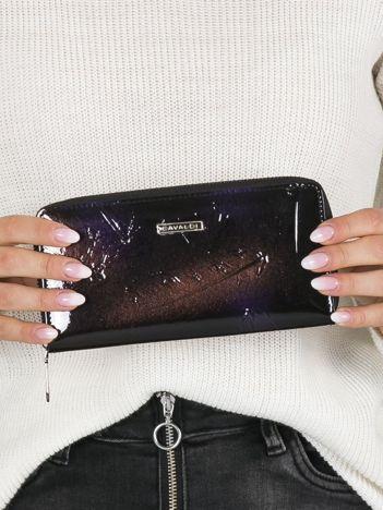 Czarno-fioletowy skórzany portfel