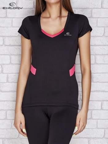 Czarno-fuksjowy t-shirt z kontrastowymi wstawkami