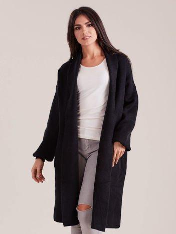 Czarny długi sweter damski oversize