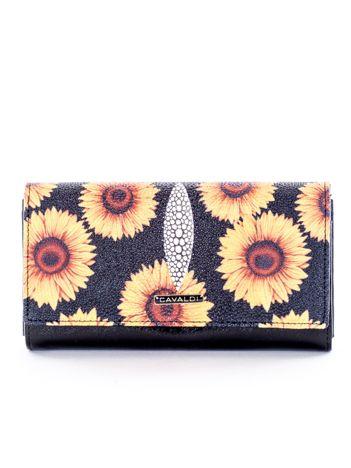 Czarny portfel w kwiaty