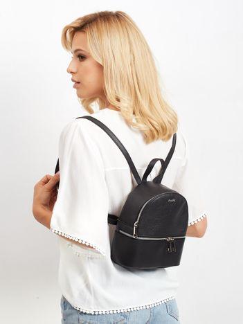Czarny skórzany plecak damski