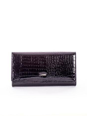 Czarny skórzany portfel z motywem skóry krokodyla
