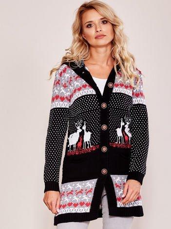 Czarny sweter z kapturem w norweskie wzory