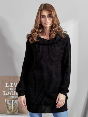 Czarny sweter z szerokim golfem