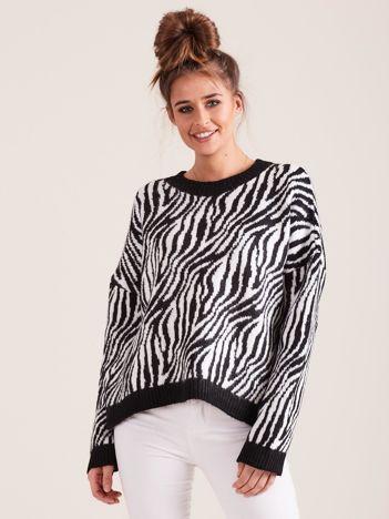 Czarny sweter zebra