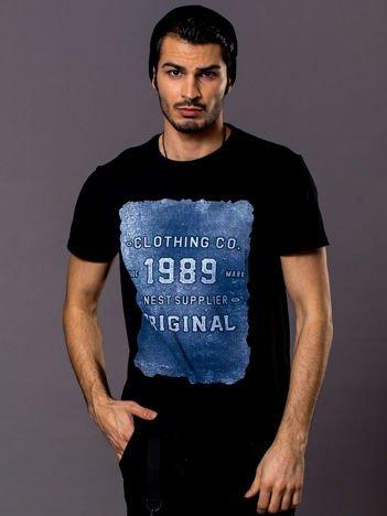Czarny t-shirt męski z nadrukiem