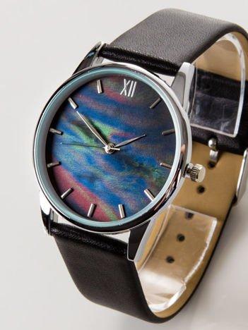 Czarny zegarek damski z perłową tarczą