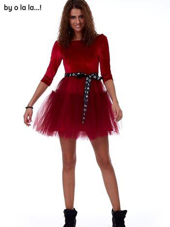 Czerwona atłasowa sukienka z tiulową spódnicą BY O LA LA