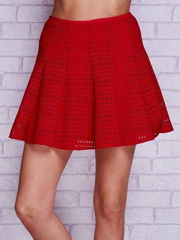Czerwona ażurowa spódnica z falbanami