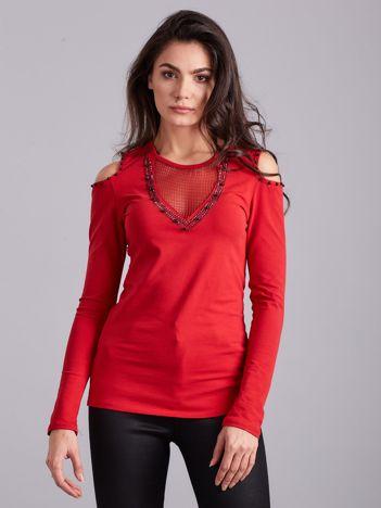 Czerwona bluzka cold shoulder z aplikacją