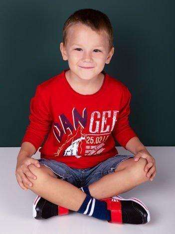 Czerwona bluzka dla chłopca z nadrukiem