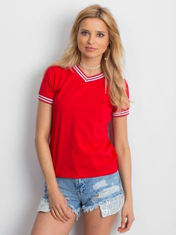 Czerwona bluzka ze ściągaczami